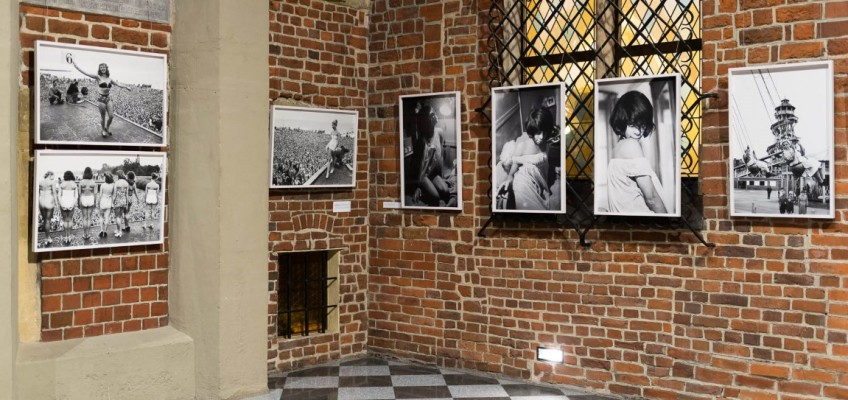 """Zdjęcia z wrocławskiego wernisażu wystawy """"Lessing przedstawia Lessinga"""""""