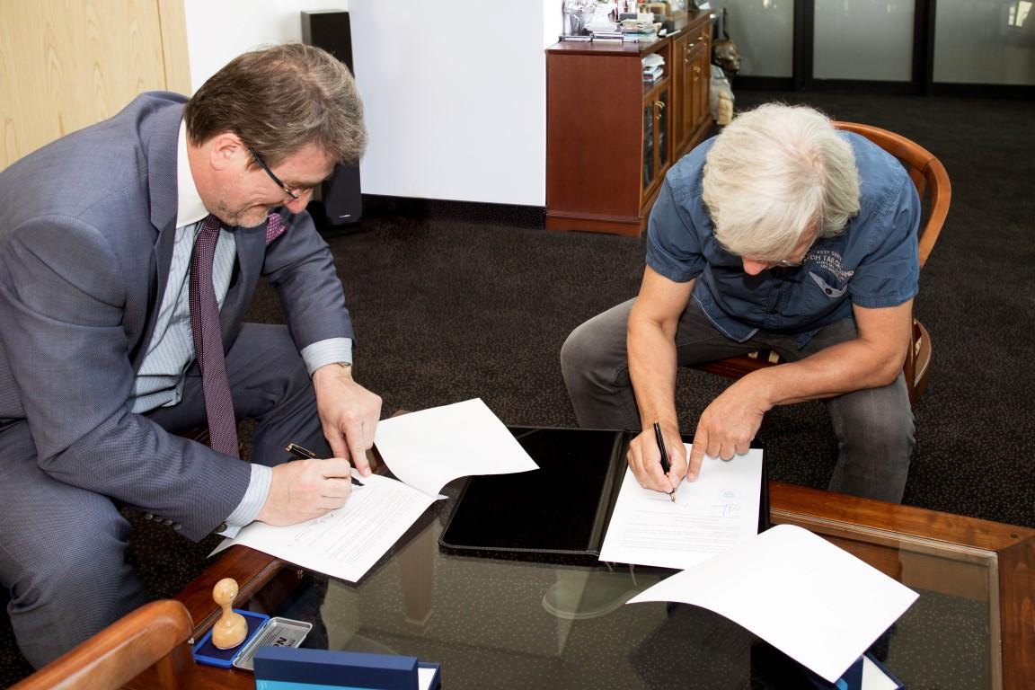 Podpisanie porozumienia-1